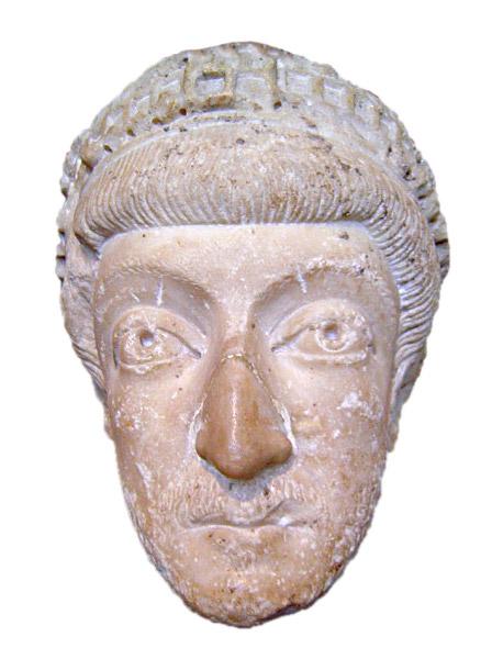 פסל ראש של תאודוסיוס השני