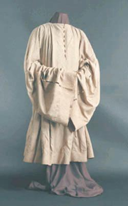 המעיל של שלמה מלכו, השמור עד היום במוזאון היהודי בפראג