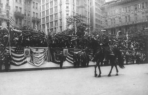 Inspector Cortright in NY police parade, 1908