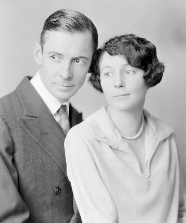 Gershwin read DuBose Heyward's novel Porgy and immediately knew he'd found the story line for his dream musical. Heyward and wife Dorothy