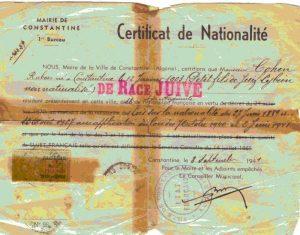 נותרו ללא אזרחות. תעודת אזרחות מטעם עיריית קונסטנטין באלג'יריה שעליה החותמת 'מגזע יהודי'. המשפט המעיד על אזרחות מחוק