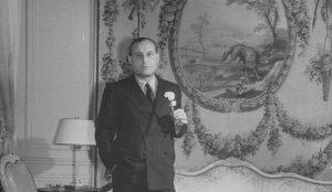 עם התחזקות כוחם של הנאצים נאלץ פריץ מנדל להימלט אף הוא מפניהם, והוא היגר לארגנטינה. מנדל בבואנוס איירס