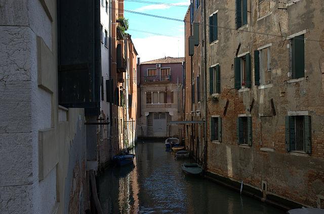 תעלת מים בגטו היהודי של ונציה