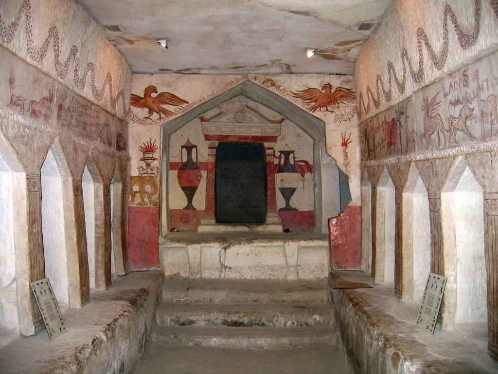 Sidonian burial cave, Maresha. Though Idumeans seem to have provided the dominant culture, Maresha's population included Sidonians (of Phoenician origin), Hellenists, Jews, and even Egyptians. The artistic style of this richly decorated burial cave is clearly Phoenician, but Hellenistic influences are also apparent