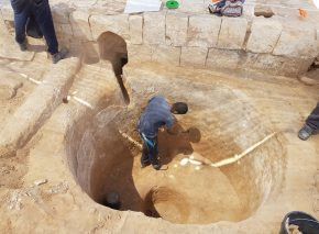 עבודות החפירה בגת