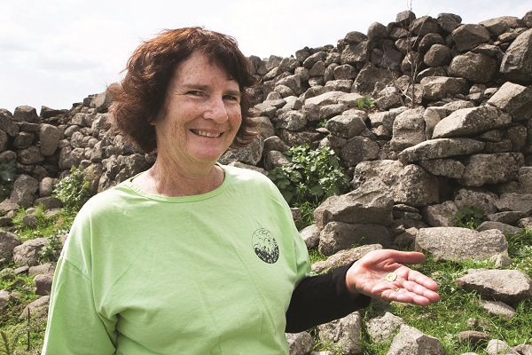 In a press interview, Lori Rimon explained that she found the coin by accident, while picnicking with friends in the middle of a hike. The winter rains may have washed away the dirt that kept it buried for two thousand years