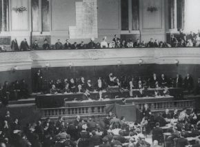 The image that became a Zionist symbol: Herzl speaking from the podium at the first Zionist Congress