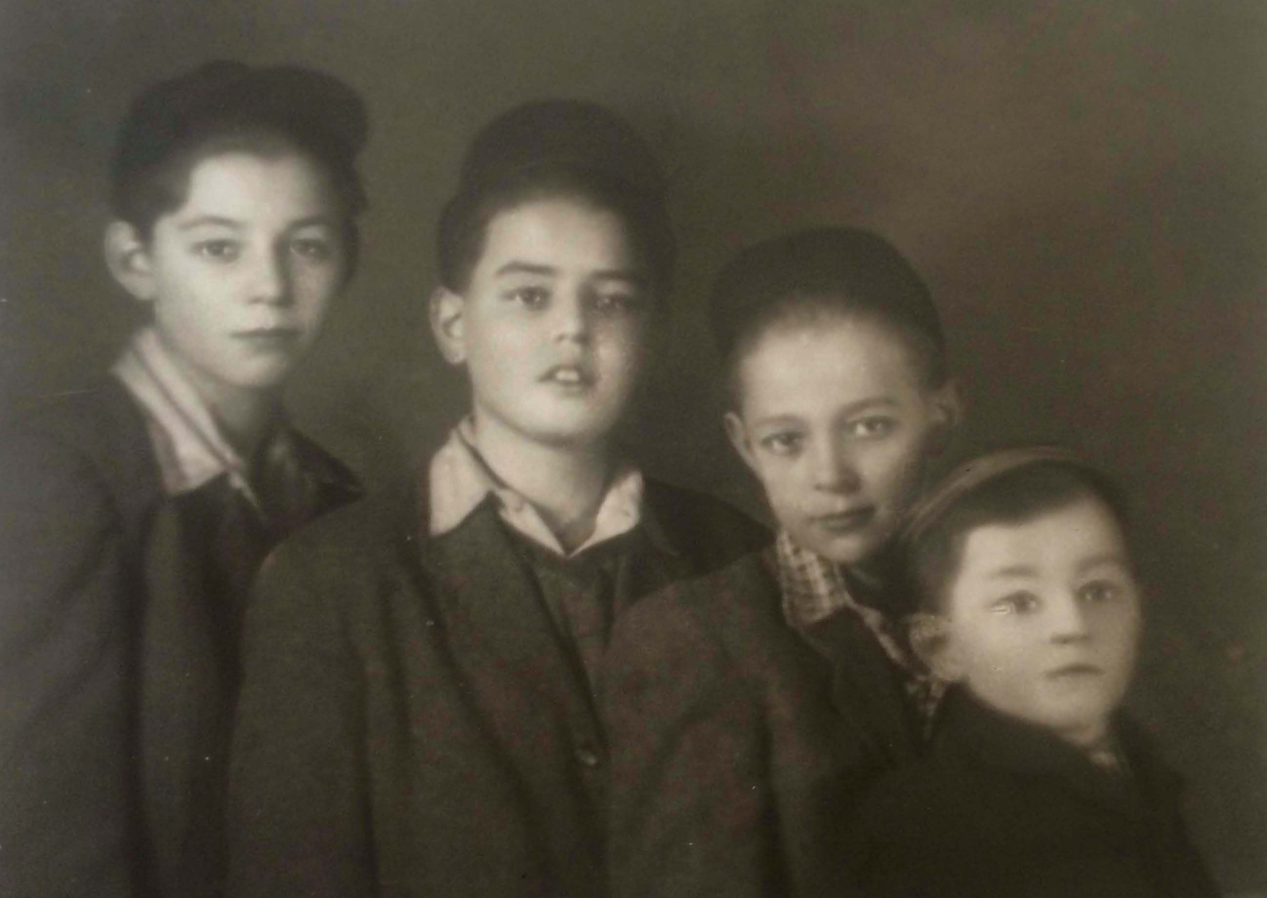 Inset: brothers (in order of age) Jehuda, George, Robert, and Paul Lindenblatt, still in Budapest circa 1950