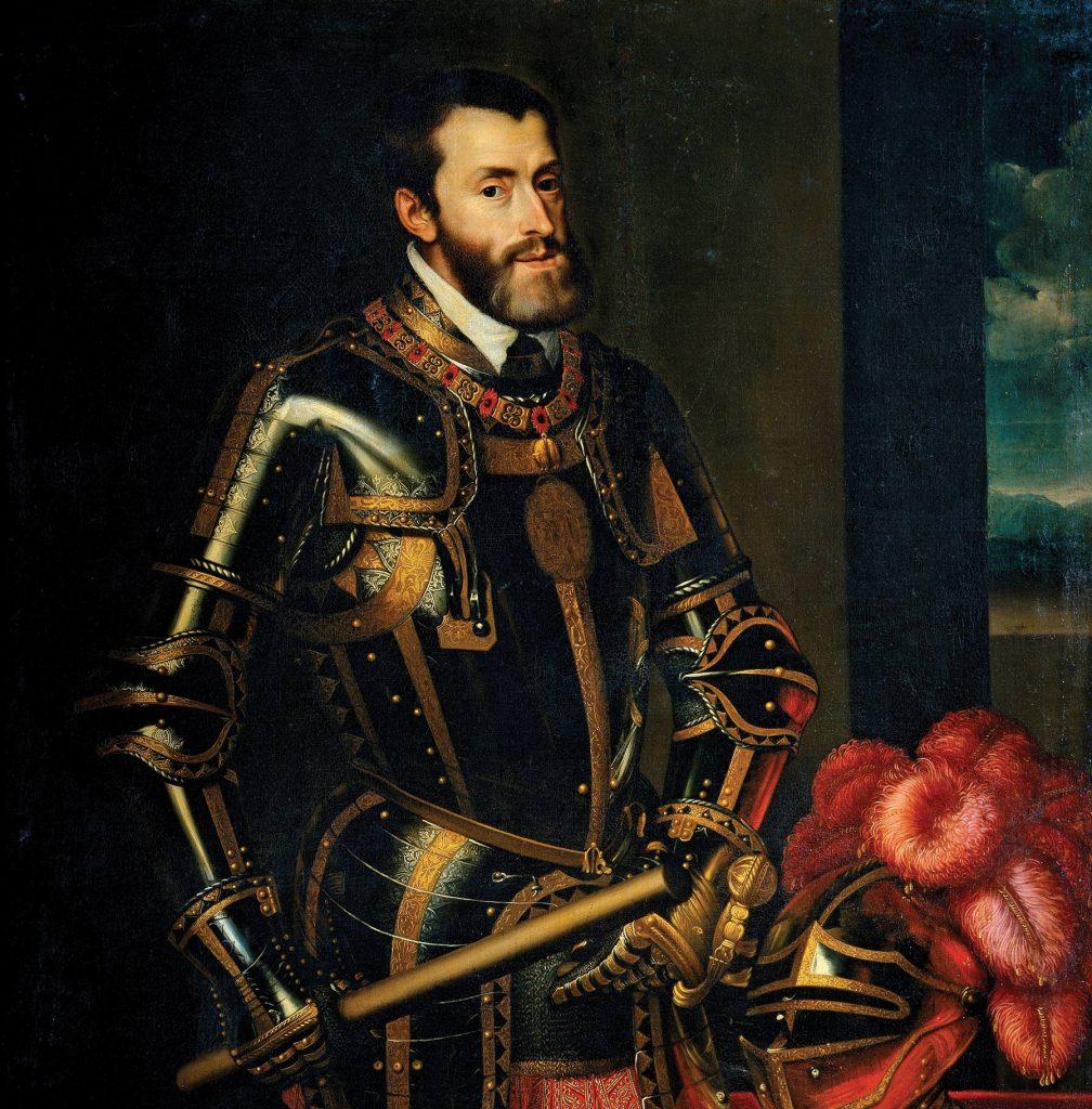 תקופת שלטונו של קרל החמישי הייתה סוערת ביותר. בהיותו קיסר האימפריה הרומית הקדושה ומלך ספרד — ששלטה גם באמריקה — כונתה ממלכתו 'האימפריה שבה השמש אינה שוקעת לעולם'. הוא היה מעורב במלחמות ובסכסוכים עם פרנסואה הראשון מלך צרפת, עם הסולטן העות'מאני סולימן המפואר, עם הנרי השמיני מלך אנגליה ועם הלותרנים ומנהיגם מרטין לותר, שאותם הוציא אל מחוץ לחוק. קרל החמישי בציורו של פטר פאול רובנס שהוא העתק מציור של טיציאן, שמן על בד, 1576