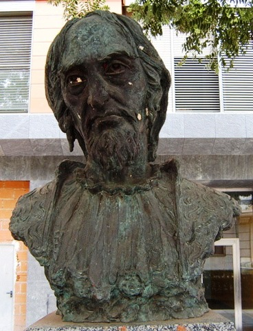 The bust of Rabbi Moshe de Leon, located in the town of Guadelhara in Spain