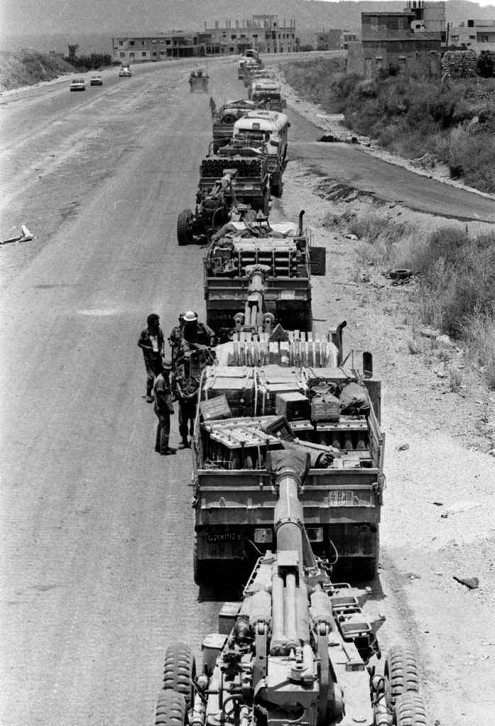 Army traffic jam. Thousands of IDF vehicles choked the Lebanese coastal road north of Rosh Hanikra, making maneuvers incredibly difficult. IDF forces at the entrance to Sidon, 1982