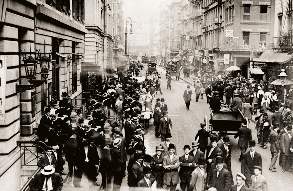 Passing judgment. Jews celebrate the New Year by strolling the streets, dressed to the nines