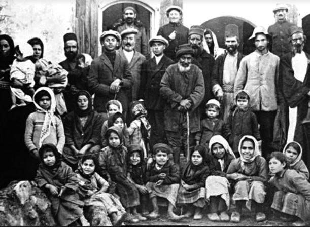 Several Arab towns and villages contained small pre-state Jewish minorities. Jews in Peki'in circa 1930